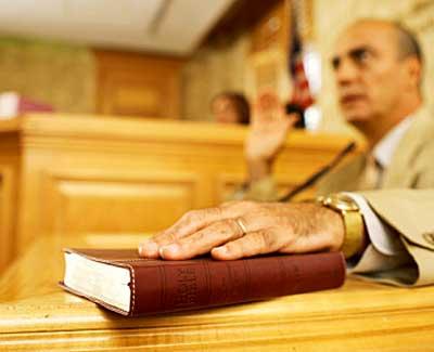 abogados badajoz cáceres testigo
